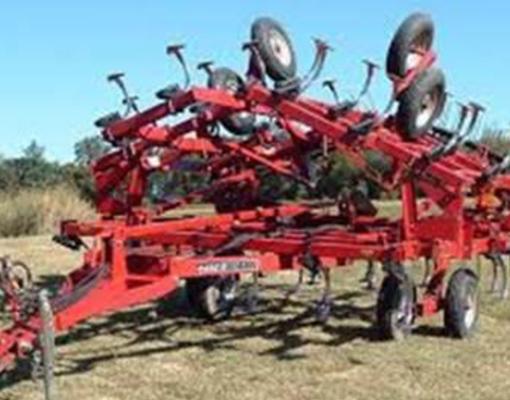 maquinaria-agricola-pic-9