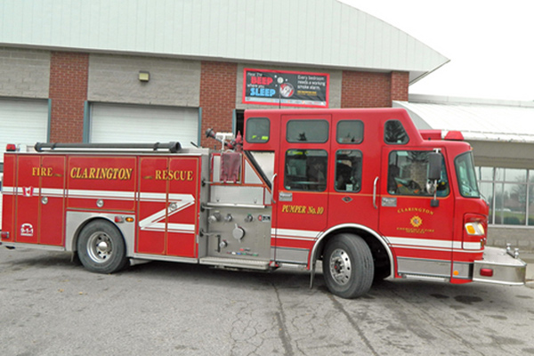 2004 SPARTAN GLADIATOR  ER TOP MOUNT ENCLOSED PUMPER