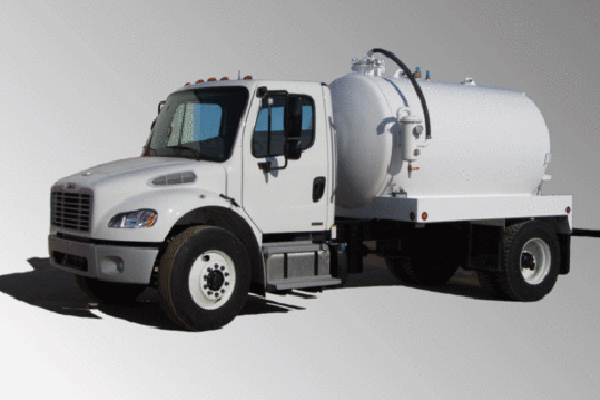 2015 FREIGHTLINER M2 – 2 DOOR  SEPTIC – 1500 IG – STEEL