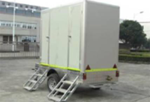 TOILET-TRAILERS-3