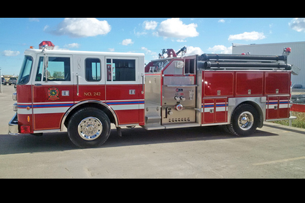 1995 PIERCE SABER CUSTOM PUMPER  USED PUMPER – ALUMINUM
