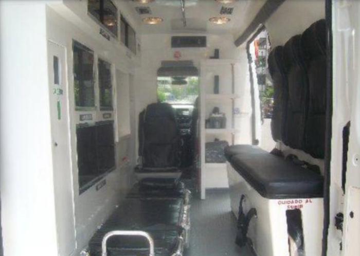 ambulancia-dodge-11