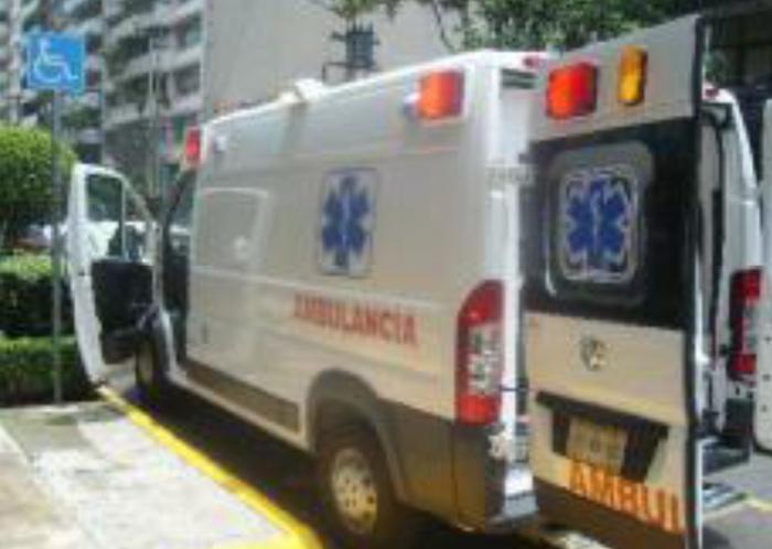 ambulancia-dodge-13