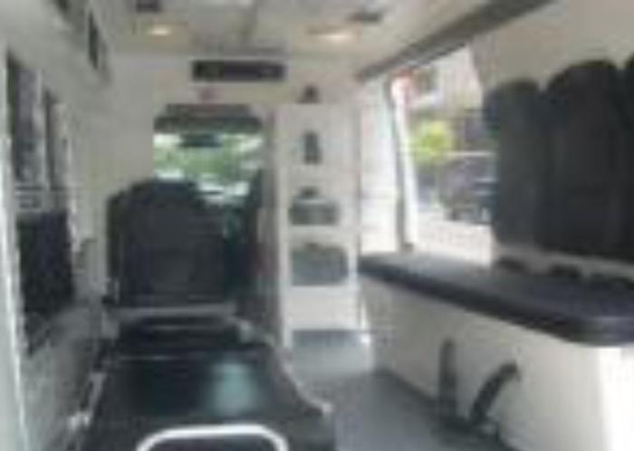 ambulancia-dodge-7