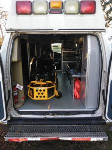 2005 Ford E-350 Ambulance back inside