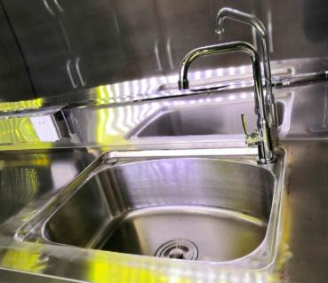 TRAILER DE COMIDA AL AIRE LIBRE | 2M DE LARGO | MODELO RFT-1-3 sink